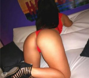 Shireen tabulos escort in Pinneberg, SH